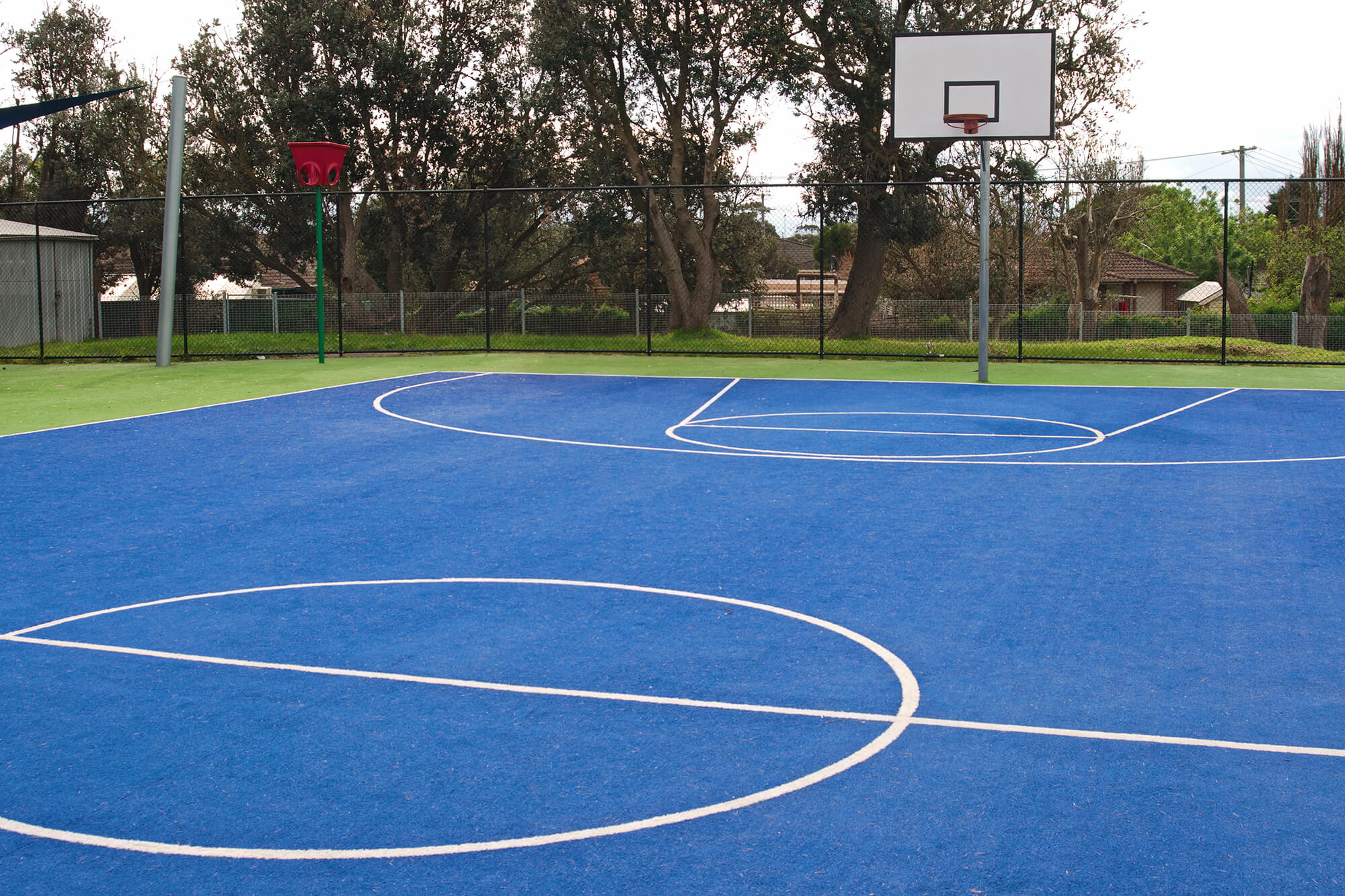 synthetic grass basketball court